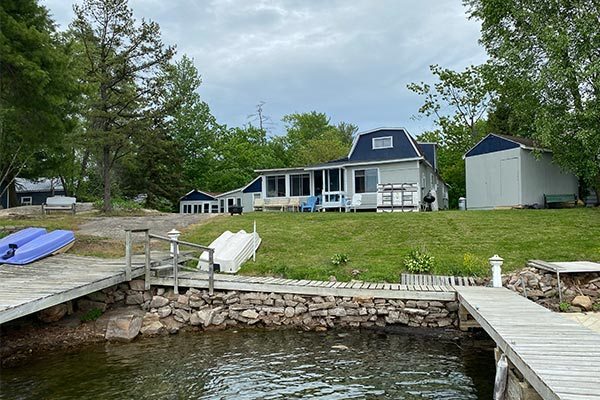 Main Cottage - River Rock Cottages - 1000 Island, NY